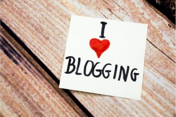 Blogging- earn money online without investment